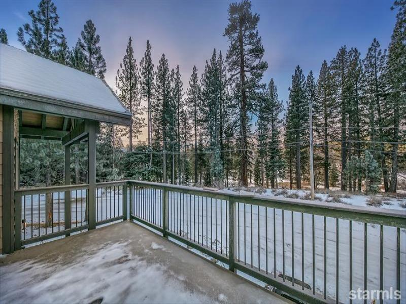 New  3 Bedroom Listing in Meyers!