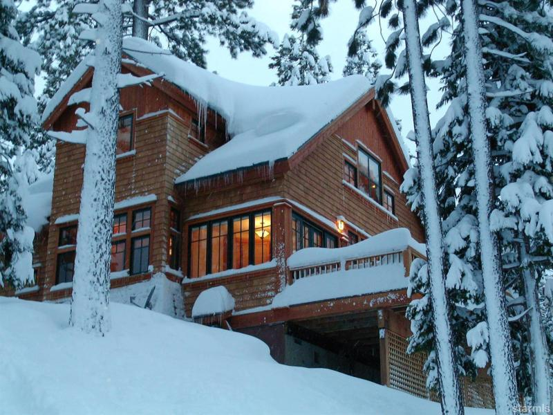 Price Changed to $950,000 in South Lake Tahoe!