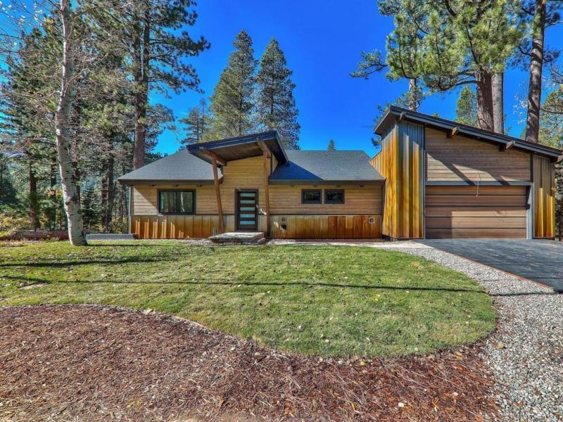 Price Changed to $1,290,000 in South Lake Tahoe!